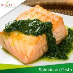 . @ Keeplight | suculenta posta de salmão com molho pesto Coberta e acompanhada POR arroz int ... | Webstagram