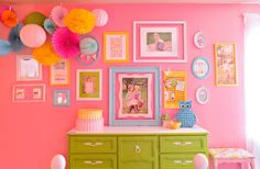 Cute little girls room! Lots of DIY