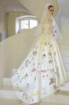 Angelina Jolie Hochzeitskleid