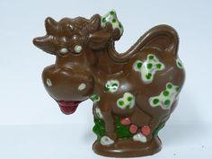 Pâques se prépare à la #Chocolaterie Guinguet de #Duras. Voici ses sujets de #Pâques, #chocolats Noir ou Lait. www.maisonguinguet.com