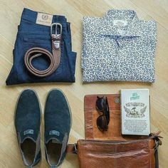 Outfit grid - Print shirt & jeans