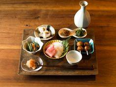 豆皿という小さい和食器が、テーブルコーディネートにこだわる人の間で注目を浴びているのをご存知ですか? Asian Recipes, Gourmet Recipes, Real Food Recipes, Ethnic Recipes, Japanese Dishes, Japanese Food, Home Food, Miniature Food, Food Presentation