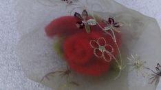 Rose gift Unique flowers brooch and hair pin Sale last 28 hours Flower Brooch, Brooch Pin, Rose Gift, Unique Flowers, Sugar Flowers, Gifts For Friends, Hair Pins, Crochet Earrings, Unique Gifts
