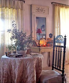 Table juponée et chaise Napoléon III en poirier noirçit