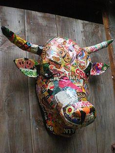 vache en papier mâché