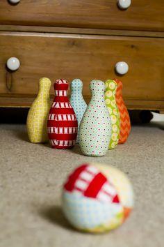 Saídos da Concha: Bowling de Tecido :: Fabric Bowling Set