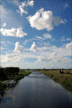 Cambridgeshire Fens by Baz Richardson, via Flickr