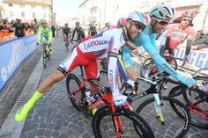 Tirreno-Adriatico 2015 | Stage 3 | Luca Paolini with a little horseplay at the start