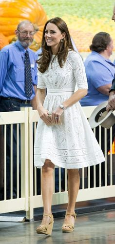 Kate Middleton Photos: The Royal Couple Celebrates Easter Early