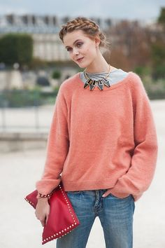 I dig the hair, the necklace and the purse. Not in love with the sweater but I like it mixed with the necklace.