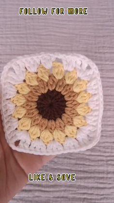 crochet granny square Granny Square Crochet Pattern, Crochet Squares, Crochet Granny, Crochet Motif, Granny Square Tutorial, Flower Granny Square, Crochet Daisy, Granny Squares, Crochet Flower Tutorial