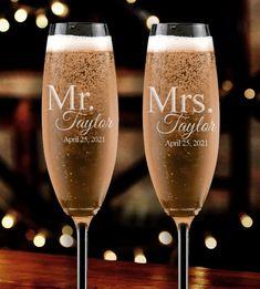 Wedding Initials, Monogram Wedding, Personalized Wedding, Wedding Shot Glasses, Wedding Champagne Flutes, Champagne Glasses, Personalized Champagne Flutes, Toasting Flutes, Wedding Toasts