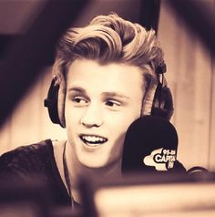 tristan evans - the vamps The Vamps Members, The Vamps Tristan Evans, Evan And Connor, Declan Mckenna, Bradley Simpson, New Hope Club, Pop Bands, 1d And 5sos, Cute Boys