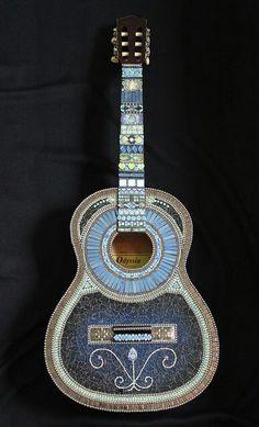 Mosaic guitar - nice colors for organ