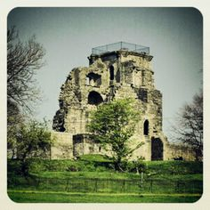 Crookston Castle in West Glasgow - where Mary, Queen of Scots spent one of her wedding nights
