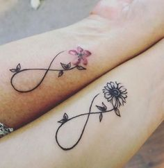 Mum And Daughter Tattoo, Mother Daughter Infinity Tattoos, Mother Tattoos, Tattoos For Daughters, Sister Tattoos, Sister Tattoo Designs, Mum Tattoo, Name Tattoos For Moms, Tiny Tattoo