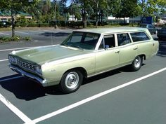 1968 Plymouth Satellite Wagon  Maintenance/restoration of old/vintage vehicles: the material for new cogs/casters/gears/pads could be cast polyamide which I (Cast polyamide) can produce. My contact: tatjana.alic@windowslive.com