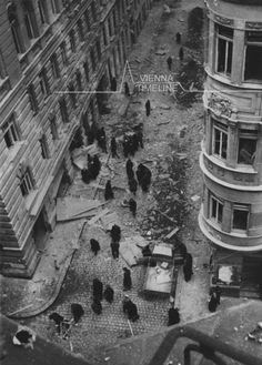 zerstörtes Wien   vienna-timeline.com Old Pictures, Vienna, Timeline, Ww2, Austria, History, Battle, Remember This, Antique Photos