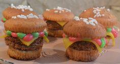 Backen für den Kinder-Geburtstag : Burger Muffins #Food #Muffins http://frinis-test-stuebchen.de/2016/02/backen-fuer-den-kinder-geburtstag-hamburger-muffins-food-muffins/