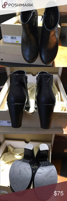 """Kirk-Ease Marlo black bootie 7.5 Kork-Ease Marlo boogie in excellent used condition. Black. Inside zippers work perfectly. 3 1/4"""" heel with 1 1/4"""" platform. Super comfortable. Leather lined. 7.5 Kork-Ease Shoes Ankle Boots & Booties"""