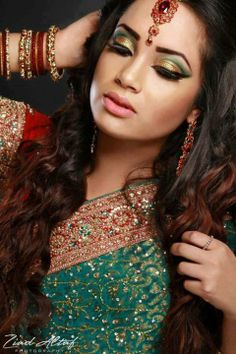Arabic makeup Beautiful Indian Brides, Beautiful Bride, How To Be Indie, Bridal Make Up Inspiration, Indian Makeup Looks, Arabian Women, Arabic Makeup, Bollywood Wedding, Indian Bridal