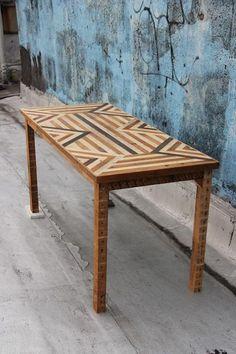 table marqueterie bois vintage
