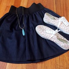 2/12 HP Navy Puff Skater Skirt Beautiful skirt, thick elastic waste band with stretch.   Style Obsessions HP 02/12 Condition: Excellent condition ❌no trades ✅in app transactions only  ✅make an offer ✅bundle and save Charlotte Russe Skirts Circle & Skater