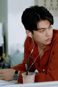 Dragon Mobile, Bright Wallpaper, Learn Mandarin, Boyfriend Photos, Bright Pictures, Dream Boy, Thai Drama, Drama Movies, Pretty Boys