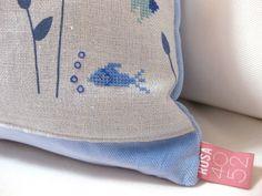 Kissen AQUARIUM Kreuzstich Fisch blau von Rosa4052 auf DaWanda.com