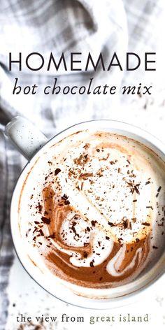 Vegan Hot Chocolate, Frozen Hot Chocolate, Homemade Hot Chocolate, Hot Chocolate Bars, Salted Chocolate, Chocolate Flavors, Chocolate Recipes, Craving Chocolate, Chocolate Treats