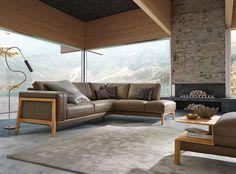Sofa King, aus der Feder des ADA-Designers Thomas Probst, vermittelt mit seinem Vollholzrahmen aus Eiche und der besonders weichen Polsterung ein Gefühl von Geborgenheit. Futons, Couch, Designer, King, Furniture, Home Decor, Simple Sofa, 2 Seater Sofa, Wood
