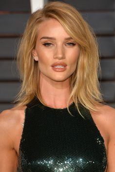 Rosie Huntington-Whiteley's Sexy Party Hair & More Celebrity Beauty Looks We Loved This Week