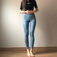 Just want to be skinny – – – isogamous-trades Skinny Girl Body, Skinny Love, Thin Skinny, Skinny Girls, Skinny Jeans, Skinny Inspiration, Body Inspiration, Ulzzang Fashion, Korean Fashion