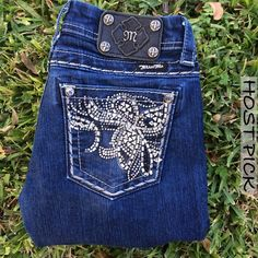 NWOT Miss Me Bling Boot Cut Jeans 28 X 33 NWOT Miss Me Bling Boot Cut Jeans 28 X 33. I'm offering 30% off 2 items or more OR 4/$20 on the red dot items. Also, you can use the red dot items to make my discount of 30% off 2 items or more kick in  Miss Me Jeans Boot Cut