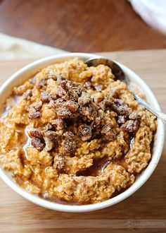 Pumpkin oatmeal with cinnamon and sugar nuts