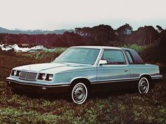 Plymouth Caravelle Coupe (1983).