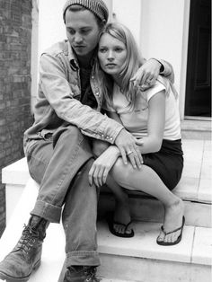13 Rarely Seen Photos Of Johnny Depp And Kate Moss Pairs