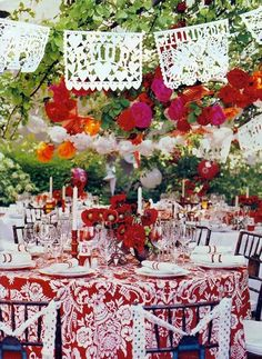 Gorgeous! White papel picados with bright fabric table cloths!!!!!!!!!!! Wedding Flags, Garland Wedding, Wedding Menu, Wedding Ideas, Wedding Styles, Wedding Reception, Wedding Flowers, Wedding Colors, Destination Wedding