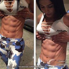 """""""Não pares de lutar, mesmo que sinta a dor da derrota, levanta-te e lute novamente"""" (Eduardo Santos)  NA BOA, PRA QUE PERDER TEMPO...  Invista seu tempo naquilo que realmente funciona:  ➡ http://www.SegredoDefinicaoMuscular.com/  #ComoDefinirCorpo #fitness #fit #fitnessmotivação #emagrecer #estilodevida #inspiraçãofit #perderpeso #bemestar"""