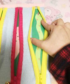 手作りおもちゃ『ジッパーのおもちゃ』 | きた先生の手作りブログ Toddler Learning Activities, Infant Activities, Preschool Activities, Baby Sensory Play, Baby Play, Diy And Crafts, Crafts For Kids, Quiet Book Patterns, Preschool Lesson Plans