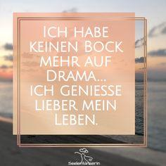 Persönliche Worte aus meinem Tagebuch als Seelentänzerin... Einfach so. Aus meiner Seele gesprudelt ins Licht, um von dir gelesen zu werden. Mit ihrer eigenen Melodie & ihrer wundervollen Energie! Tanz einfach mit, mein Herz! #seelentänzerin #sprüche #sprücheausderseele #positivegedanken #achtsamkeit #glitzerfürdieseele #wahreworte #spruchdestages #lebensweisheiten #sprüchezumnachdenken #gedankenwelt Calm, Signs, Coaching, Positive Thoughts, Reading, Simple, Training, Shop Signs, Sign