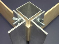 Right angle clamp, simple and very effective