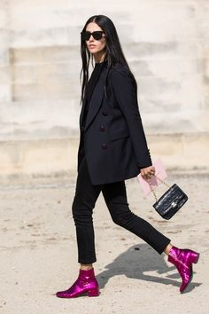 Saint Laurent, street style, Paris Fashion Week, Gilda Ambrosio, Sandra Semburg / Garance Doré those saint laurent boots tho ! Street Style Outfits, Look Street Style, Mode Outfits, Street Chic, Fashion Outfits, Womens Fashion, Fashion Trends, Street Styles, Fashion Clothes