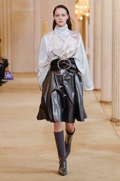 90d7ad2c95 Nina Ricci Fall 2018 Ready-to-Wear Collection - Vogue Pvc Skirt, Nina