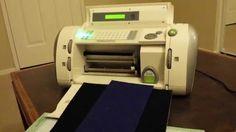 Cricut Personal Cutter Vol 5 (Cutting Felt Test) Cricut Crv001, Cricut Cuttlebug, Cricut Cards, Stencil Wood, Stenciling, Vinyl Projects, Projects To Try, How To Make Stencils, Making Machine