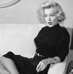 Marilyn Monroe giving her interview in 1953.