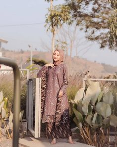 Model Dress brukat untuk lebaran 2020 – ND Kebaya Muslim, Dress Brokat Muslim, Kebaya Modern Hijab, Model Kebaya Modern, Kebaya Hijab, Batik Kebaya, Kebaya Dress, Dress Brukat, Hijab Dress Party