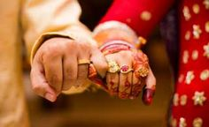 In India, we still have the culture of arranged marriage. Your parents or maybe you yourself look out for a suitable match, follow the rituals and decide to tie the knot. Many people go out for multiple dates before they say 'yes' but still cannot find the 'oomph' factor in their marriage