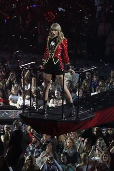 Welcome to your #1 source for Taylor Swift on tumblr. We do our best to bring you the latest news, pictures, and videos faster than taylornation. contact: tswiftdaily.tumblr@gmail.com ask: @tsdpersonal Located in Los Angeles. Ethel Kennedy, Taylor Swift Red, Bring It On, Punk, News, Videos, Pictures, Photos, Punk Rock