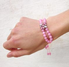 Such a sweet, girly, romantic and cute bracelet!! ♥